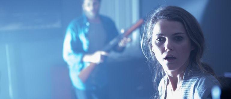 сцена из фильма Мрачные небеса (2013)