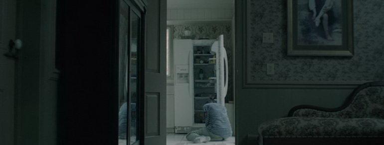 кадр из фильма Тут одна (2016)