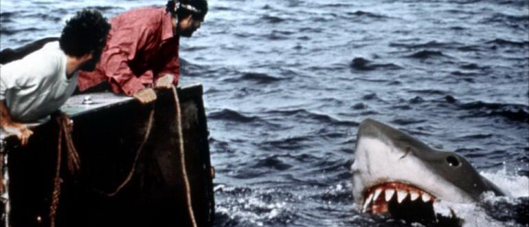 ужасы про акул список самых страшных