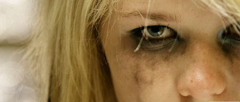 кадр из фильма Одержимость Эммы Эванс (2010)