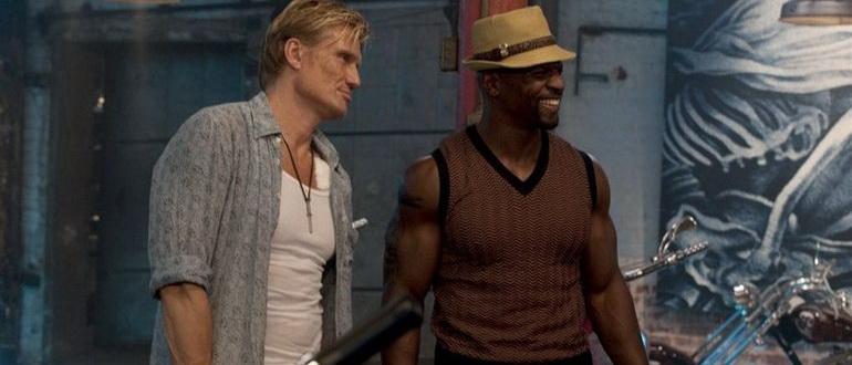 кадр из фильма Неудержимые (2010)