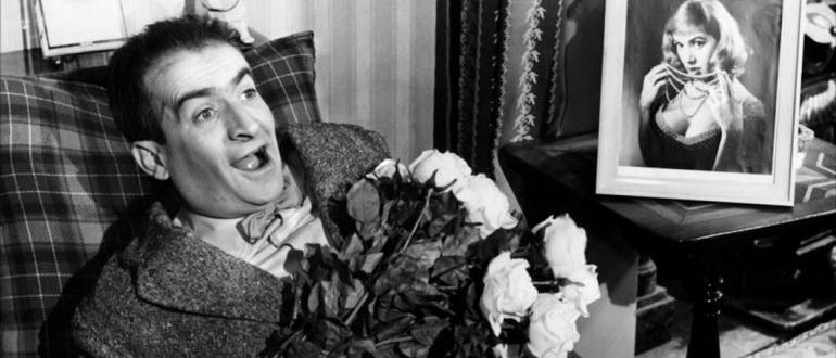 сцена из фильма Совершенно некстати (1957)