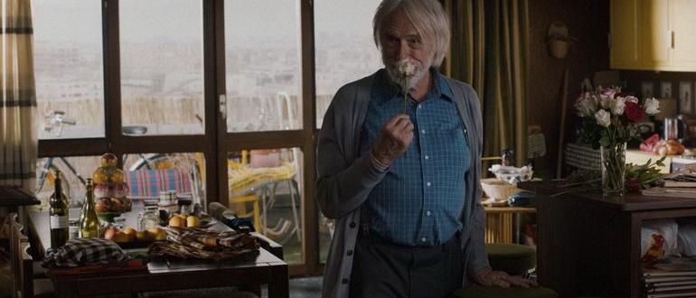 сцена из фильма Мистер Штайн идет в онлайн (2017)