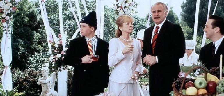 сцена из фильма Деревенщина из Беверли-Хиллз (1993)