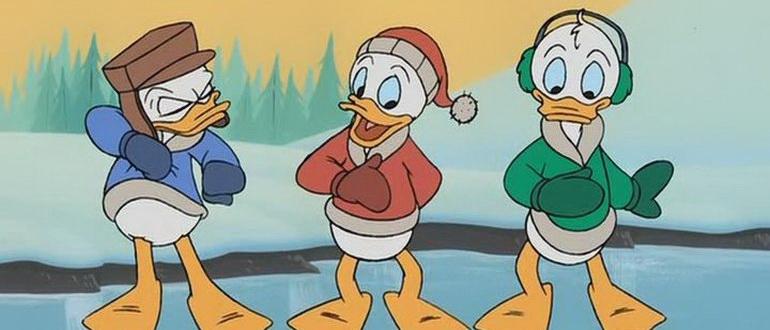 сцена из фильма Волшебное Рождество у Микки: Запертые снегом в мышином доме (2001)