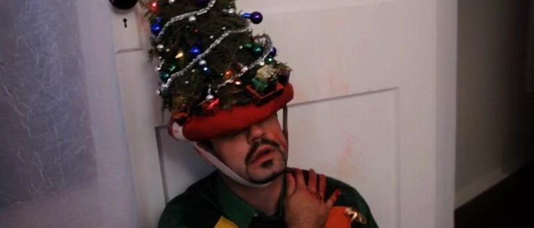 кадр из фильма Рождество с мертвецами (2012)
