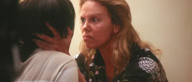 сцена из фильма Монстр (2004)