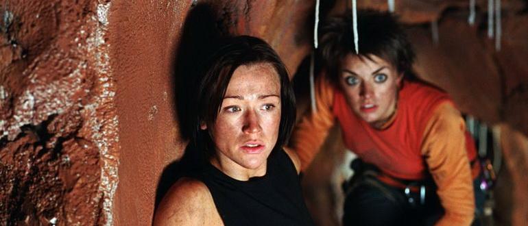 персонажи из фильма Спуск (2006)