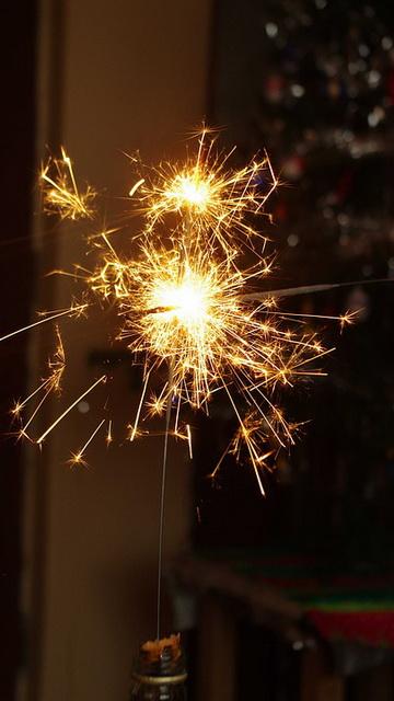 Красивые новогодние картинки на телефон