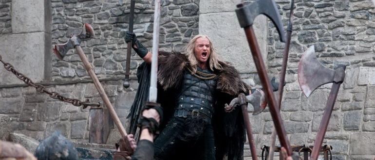 сцена из фильма Железный рыцарь (2010)