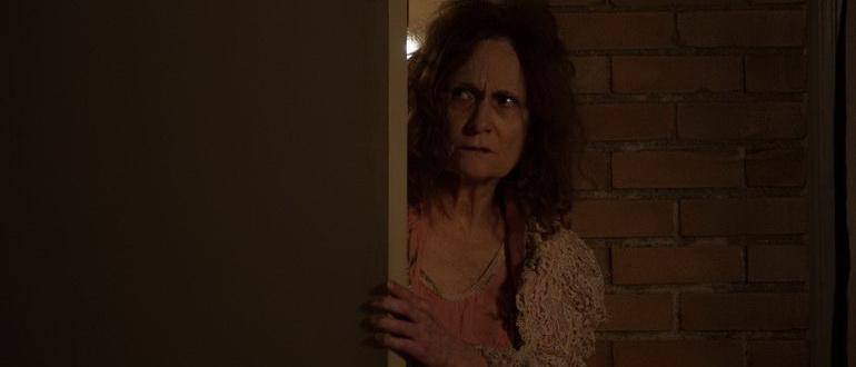 актриса из фильма Институт Роузвуд (2017)