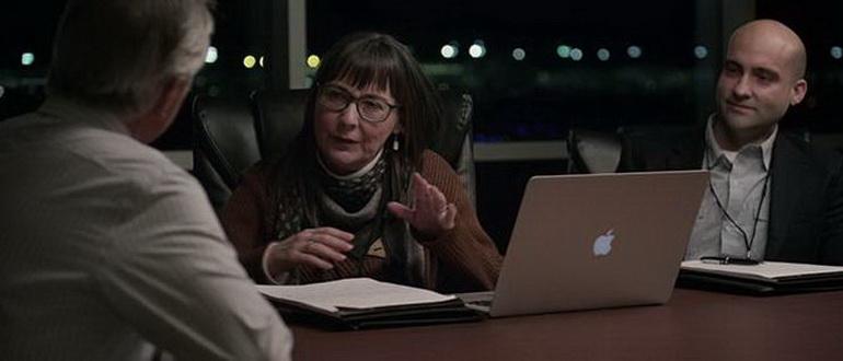 кадр из фильма НЛО (2018)