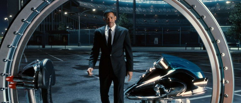 фильм Люди в черном 3 (2012)