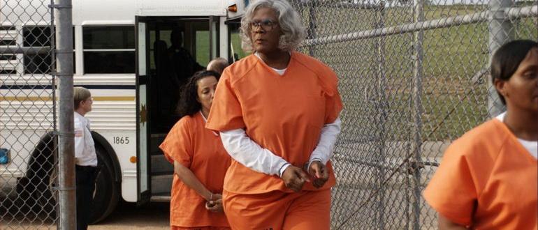 кадр из фильма Мэдея в тюрьме (2009)