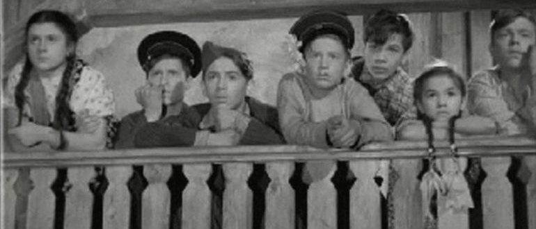 кадр из фильма Максим Перепелица (1955)