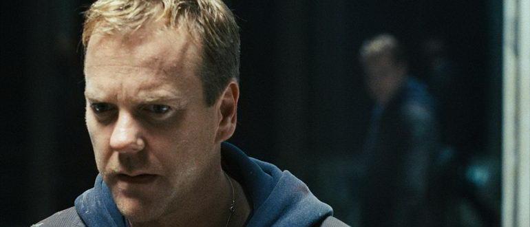 кадр из фильма Зеркала (2008)