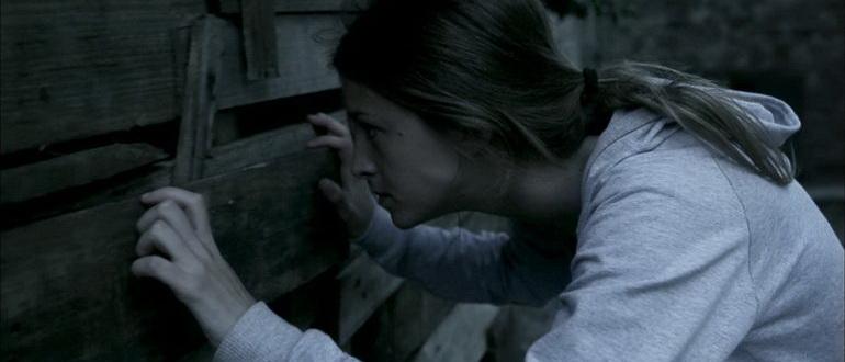 сцена из фильма Немой дом (2010)