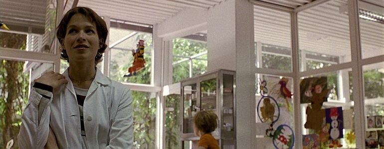 сцена из фильма Анатомия (2000)