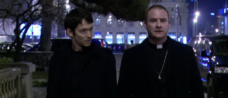 сцена из фильма Одержимая (2012)