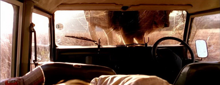 сцена из фильма Добыча (2007)