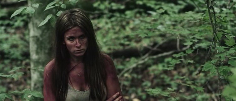 мистика Девушка в лесу (2016)
