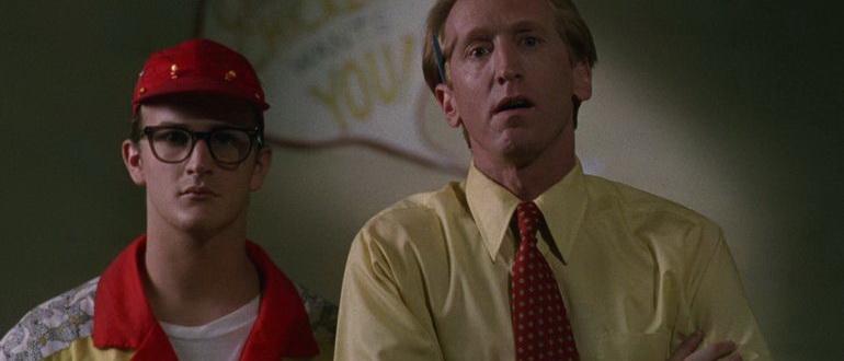 кадр из фильма Игрушки демона (1992)