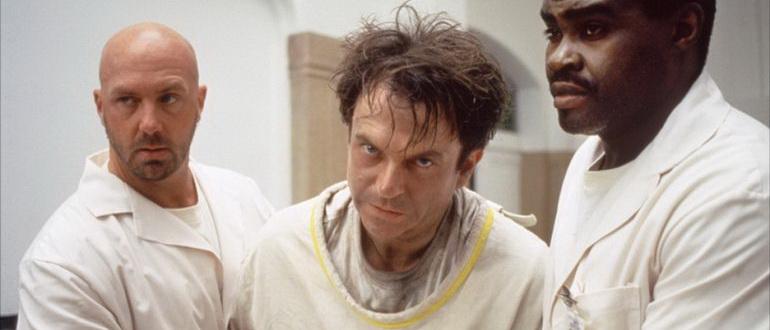 сцена из фильма В пасти безумия (1995)