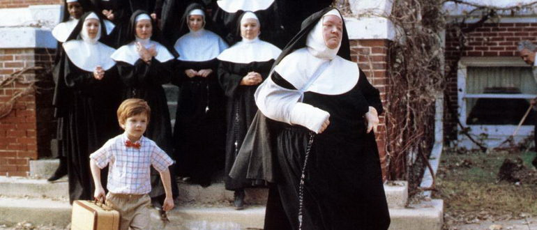 сцена из фильма Трудный ребенок (1990)